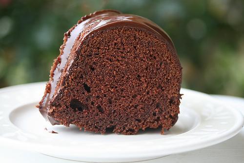 toenail in cake