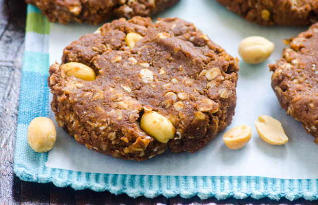 No-Bake Protein-Packed Chocolate Cookies