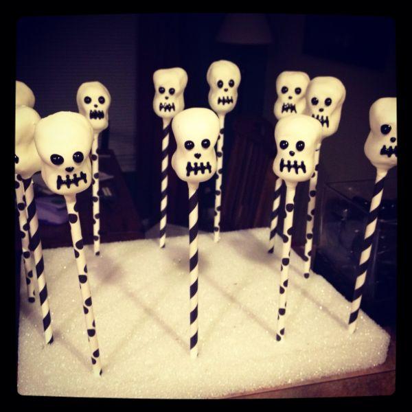 Skeleton/Skull Cake Pops