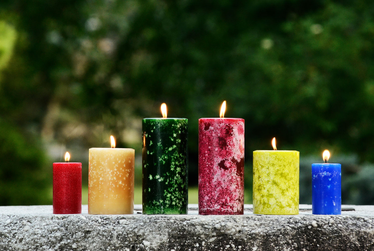 6 Wacky Candle Scents You Can Get Online!   ThatSweetGift