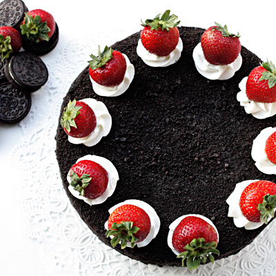 Oreos and strawberries