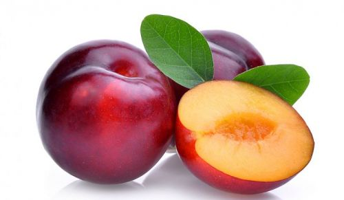 low sugar fruits plums
