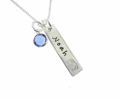 My Tiny Prints – Personalized Sterling Silver Name Necklace
