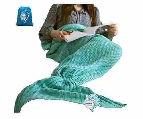 Comfy Mermaid Tail Blanket