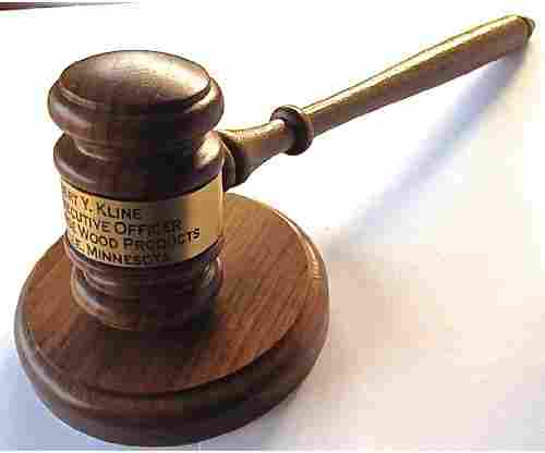 Gavel – Engraved with Round Block