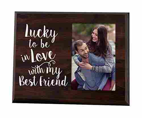 Elegant Signs – Lucky to be in Love – Picture Frame