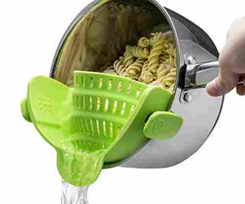 Kitchen Gizmo Snap N' Strain Strainer