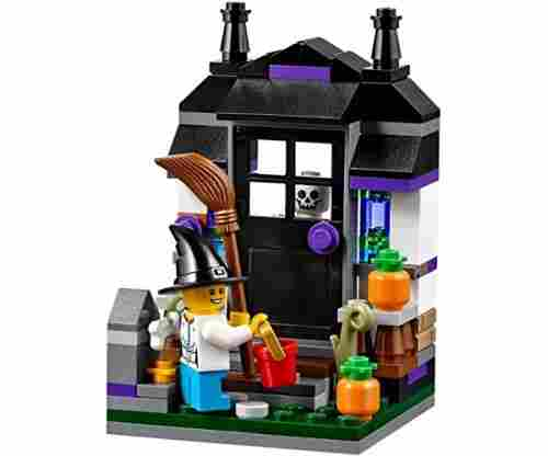 Lego Trick or Treat Halloween Seasonal Set