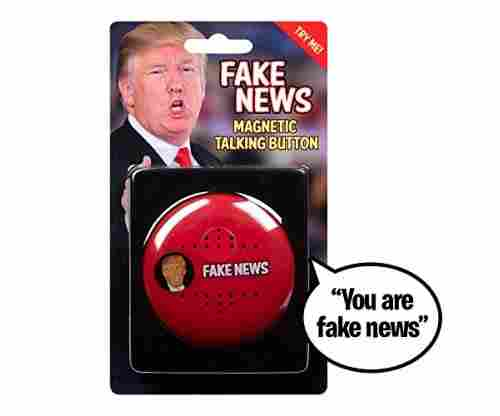 Talking Trump Button – Says 7 Fake News Lines