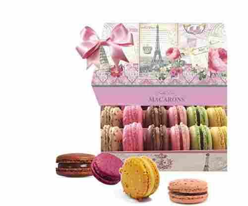 LeilaLove Paris Souvenir 18 Gourmet Macarons