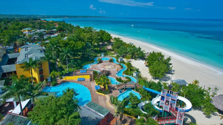 The 10 Best All Inclusive Family Resorts Across the US