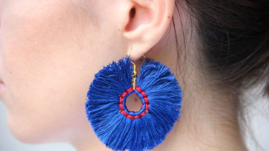 A Great Diy Gift Idea For A Girl Tassel Earrings You
