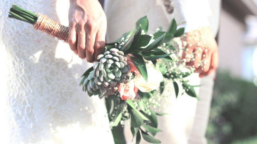 DIY Wedding Bouquet: The Best Flower Combinations According to Popular Florists