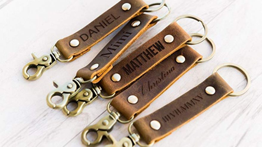 Create a Monogrammed Leather Key Ring: Quick Tutorial!