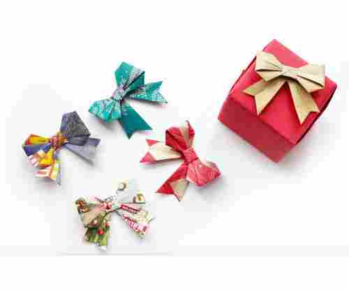 The Easiest Paper Gift Bow Tutorials