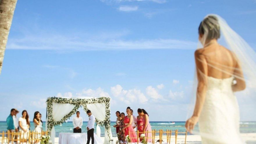 Destination Wedding Locations: The 5 Cheapest Yet Gorgeous Destinations!