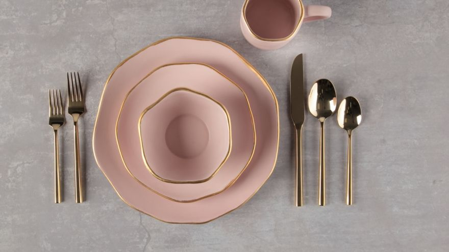 10 of the Most Original Dinnerware Sets You Will Want to Show Off at Your Next Dinner Party!