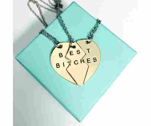 10 BFF Necklaces That Make the Perfect Gift for Your Bestie!