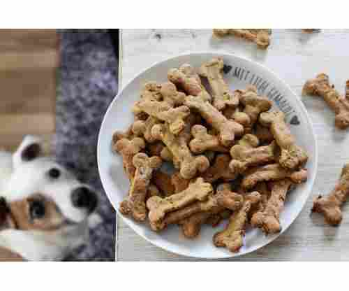 10 Healthy and Super Affordable Dog Treats For Your Pups