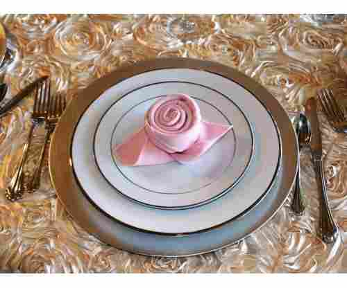 The Most Creative Ways to Fold Dinner Napkins and Impress Your Guests!
