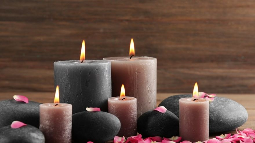 DIY Candle Tutorial: How To Make a Candle That You can Easily Gift!