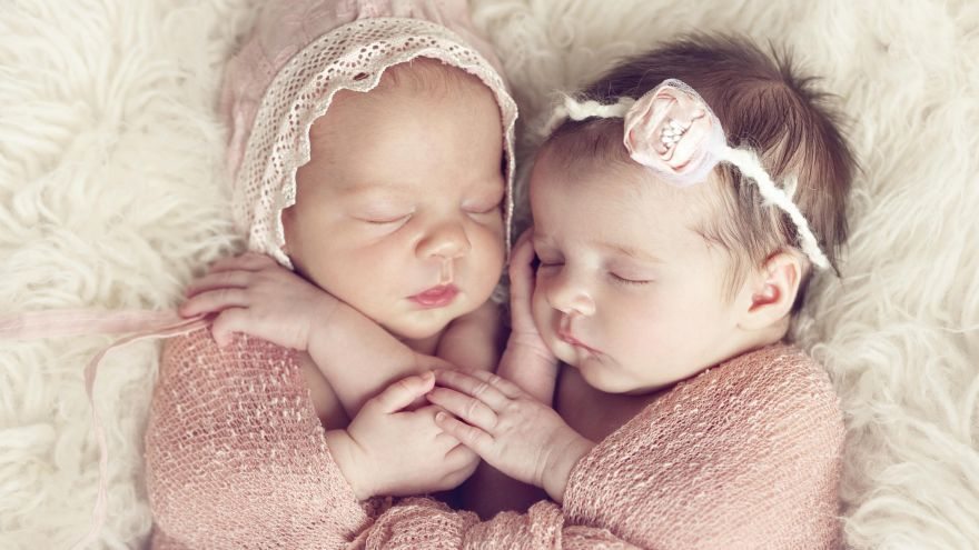 French Girl Names Special: Our 12 Favorite French Baby Girl Names!