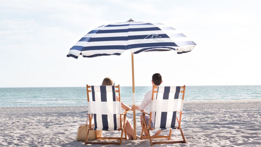 Fun Weekend Getaways for Couples! (Ideas & Destinations)