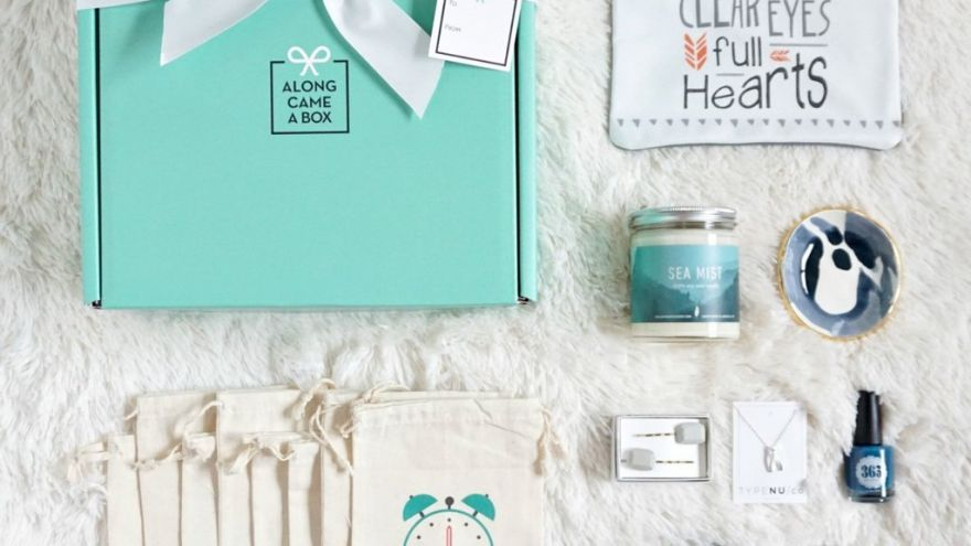 A Guide to a Perfect Gift Box (For Both Him and Her)
