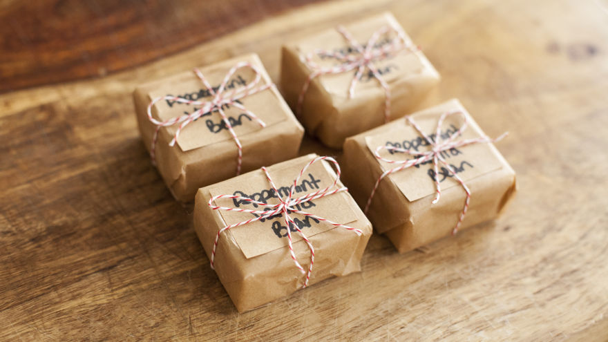 DIY Gift Tutorial: How To Make Home-Made Soap | Thatsweetgift