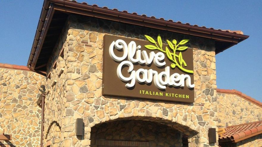 Our Favorite Picks from the Olive Garden Menu!