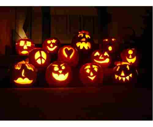 Pumpkin Carving Ideas That Are Super Easy and Fun to Do with Your Kids