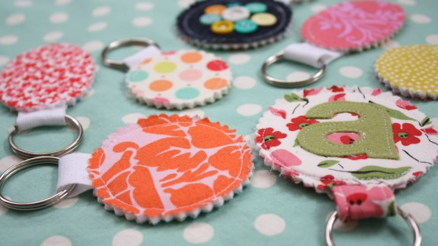 Our Favorite Sewing Gift Ideas ( If Sewing is Your Hobby!)