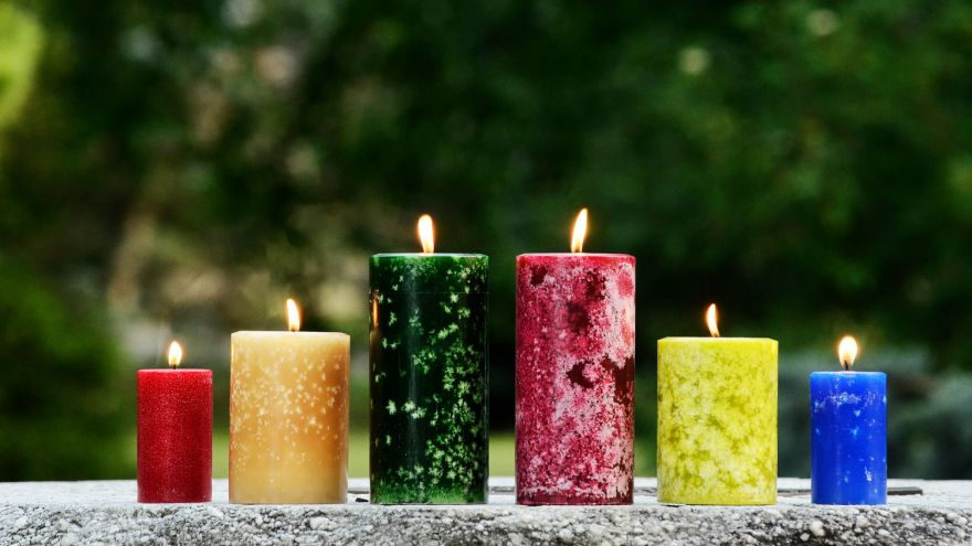 6 Wacky Candle Scents You Can Get Online!