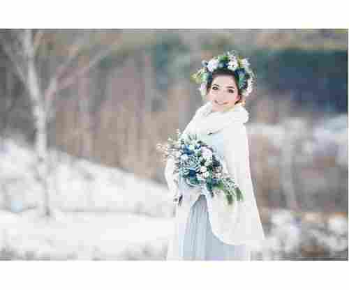10 Winter Wedding Dresses that Make Us Want to Get Hitched Right Away!